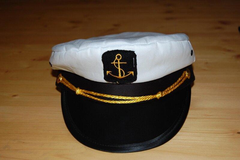 f749aac541b Dětská kapitánská čepice